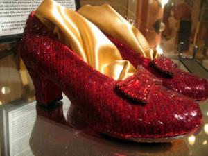 Sepatu Ruby Dorothy Wizard of Oz
