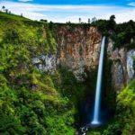 7 Air Terjun Tertinggi di Indonesia Paling Indah