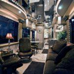 3 Bus Termewah di Dunia dengan Fasilitas Super Mewah