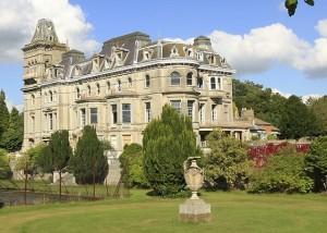 henley mansion
