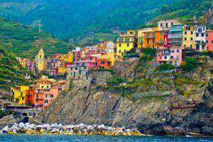 Cinque Terre, Desa Warna-warni di Italia